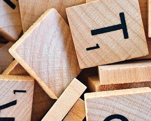 Activité Scrabble à la MJC Annemasse